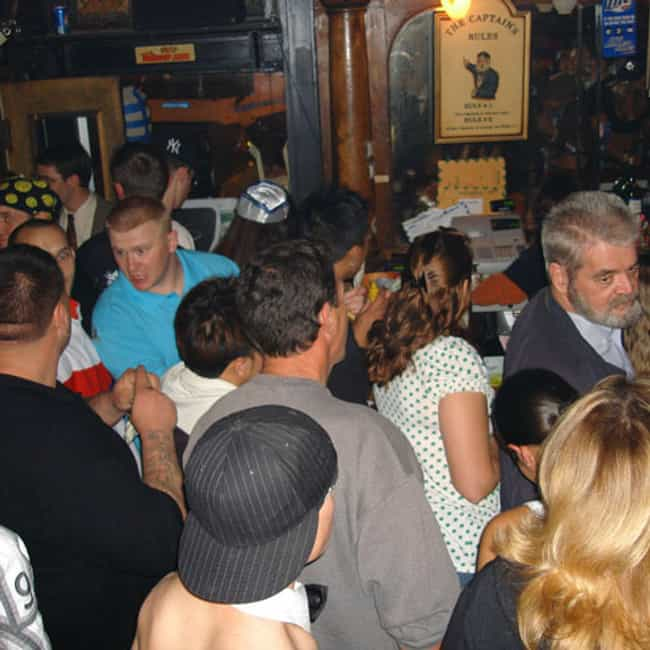 Can't Move is listed (or ranked) 2 on the list The 30 Worst Things About Crowded Bars