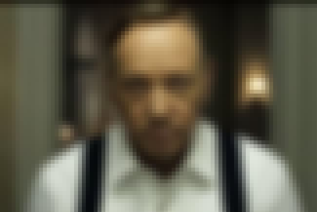 If Kevin Spacey Hadn't Sig... is listed (or ranked) 1 on the list 32 Facts You Didn't Know About House of Cards
