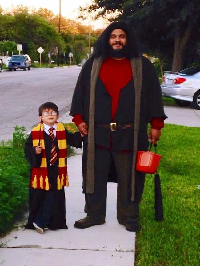 Scale Harry Potter and Hagrid is listed (or ranked) 4 on the list The 50+ Greatest Reddit Halloween Costumes of All Time