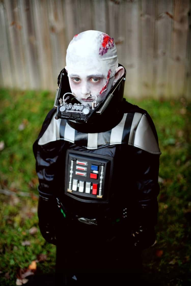 This Terrifyingly Accurate Little Darth Vader