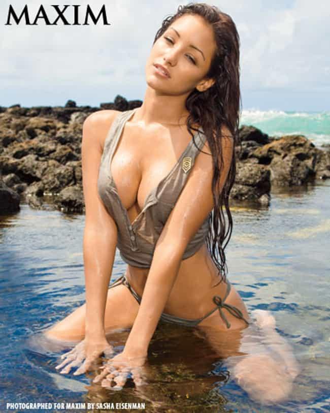 Melanie Iglesias in button sle... is listed (or ranked) 3 on the list Hottest Melanie Iglesias Photos