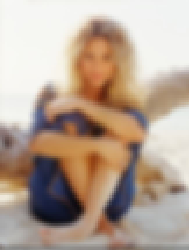Shakira Sitting On The Sand is listed (or ranked) 4 on the list Shakira Feet Pics