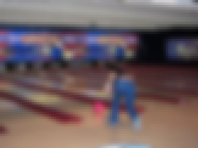 Bowler 4 is listed (or ranked) 3 on the list GIF LIST: Best/Worst Bowling Fails