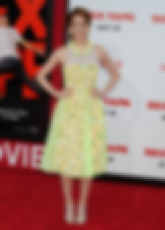 Ellie Kemper Standing on the R... is listed (or ranked) 4 on the list The Best Ellie Kemper Feet Pics
