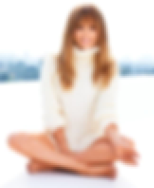 Jennifer Lopez Cross Legs is listed (or ranked) 1 on the list Jennifer Lopez Feet