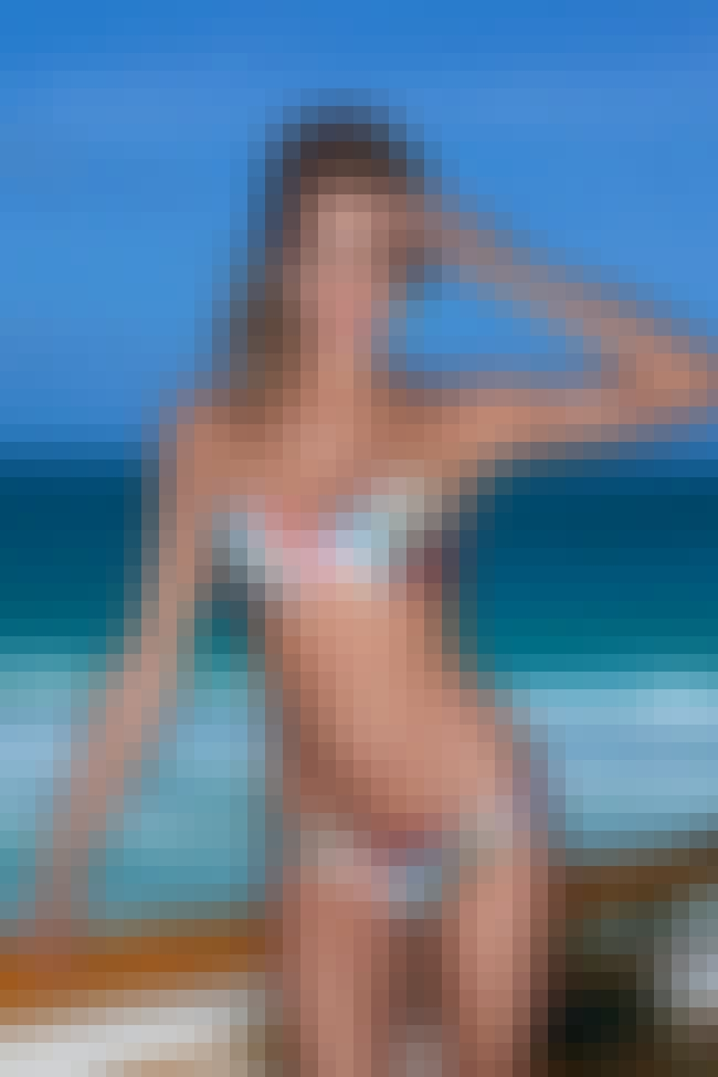 Hannah Davis in a Twist Printe... is listed (or ranked) 2 on the list Hottest Hannah Davis Photos