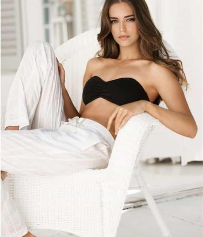 Clara Alonso in a Strapless Bl... is listed (or ranked) 4 on the list Hottest Clara Alonso Photos