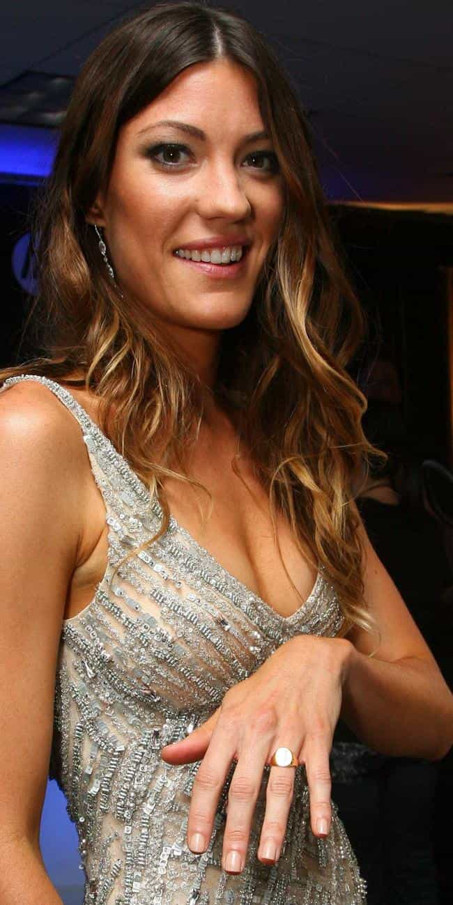 Jennifer Carpenter Shows Off W Is Listed Or Ranked 3 On