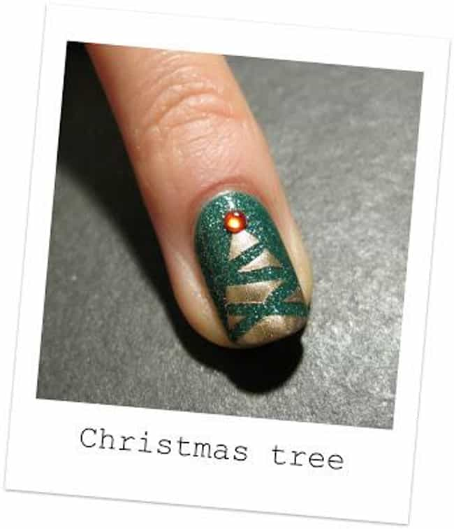 34 Festive Nail Art Designs to Get You in the Holiday Spirit | WPRO-FM