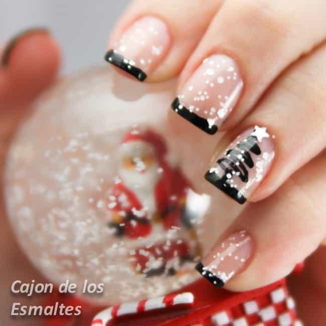 Festive holiday christmas nail art the stunning snow globe prinsesfo Gallery