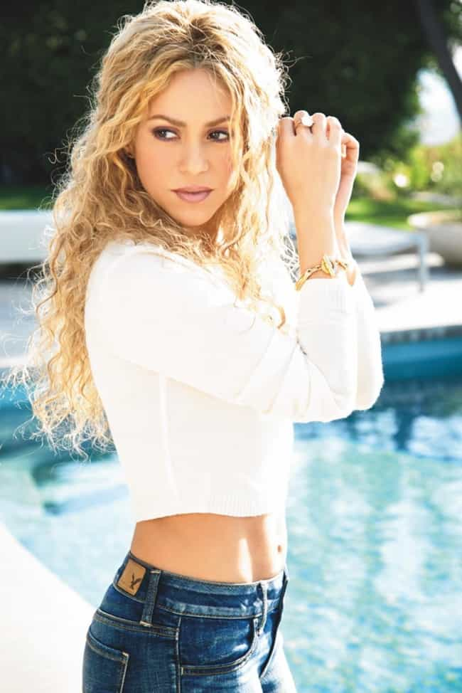 Shakira Notices a Raccoon Lurk... is listed (or ranked) 2 on the list The 37 Hottest Shakira Photos of All Time