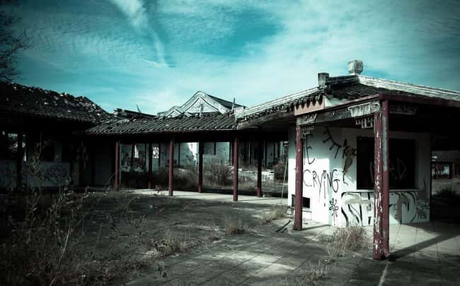 Splendid China: Kissimmee, FL is listed (or ranked) 12 on the list The Creepiest Abandoned Roadside Attractions Ever