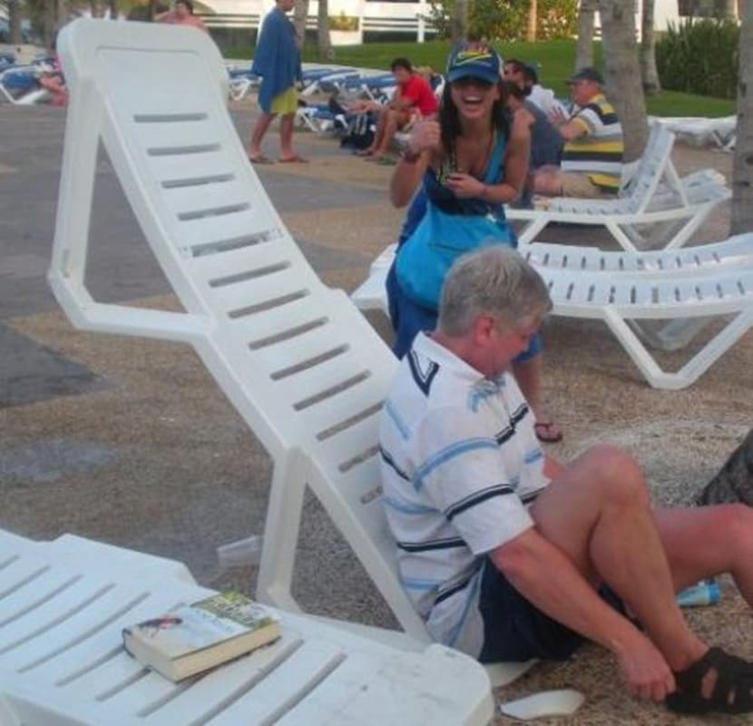Lounging: This Dad's Doin' it Wrong on Random Very Best Photos of Dads on Vacation