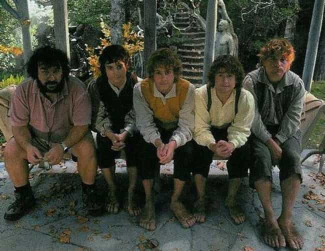Peter Jackson And The Hobbits is listed (or ranked) 3 on the list Behind-the-Scenes Photos from The Lord of the Rings Set