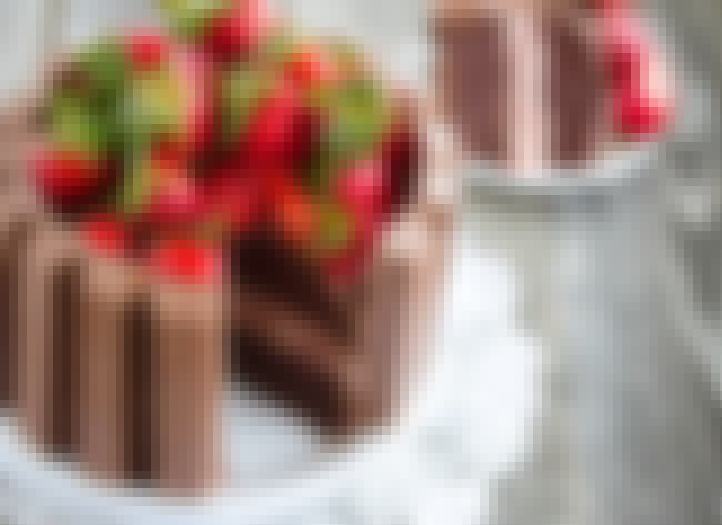 Strawberry Kit Kat Cake is listed (or ranked) 4 on the list The 30 Best Strawberry Cake Recipes on the Internet