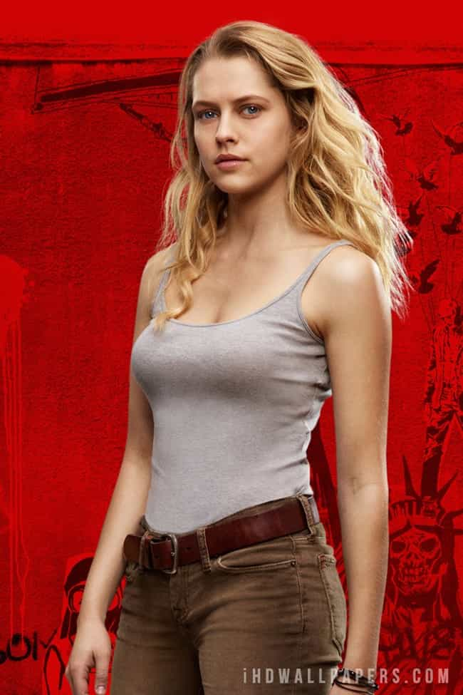 The Sexiest Teresa Palmer Pictures Of All Time