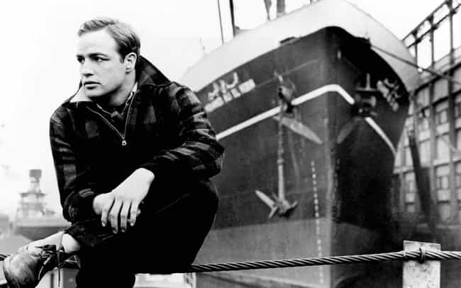 30 Pictures of Young Marlon Brando
