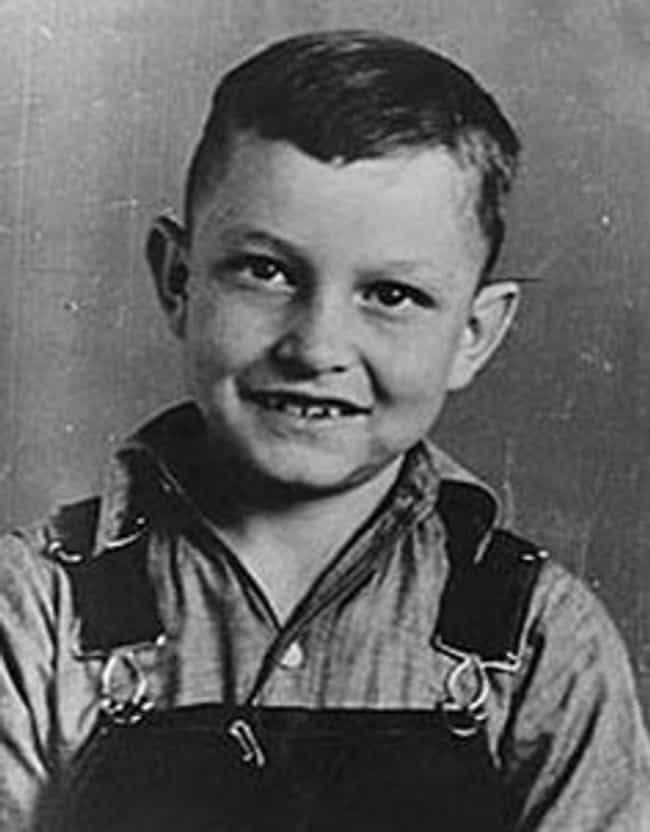 Young Johnny Cash Wearin... is listed (or ranked) 2 on the list 25 Pictures of Young Johnny Cash