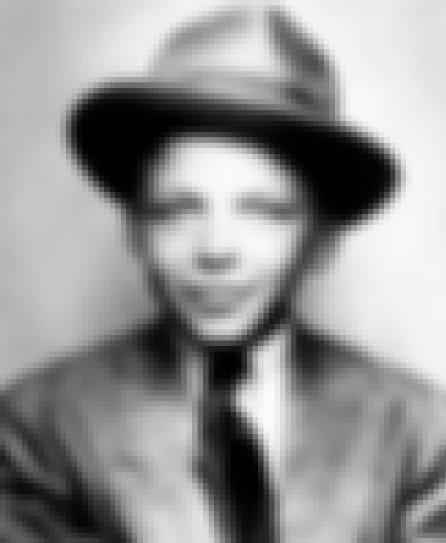 Young Frank Sinatra as a Child is listed (or ranked) 1 on the list 20 Pictures of Young Frank Sinatra