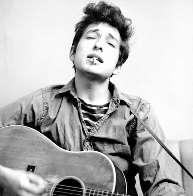 25 Pictures of Young Bob Dylan