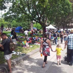 Trinity Bellwoods BIA is listed (or ranked) 17 on the list Toronto Neighbourhoods