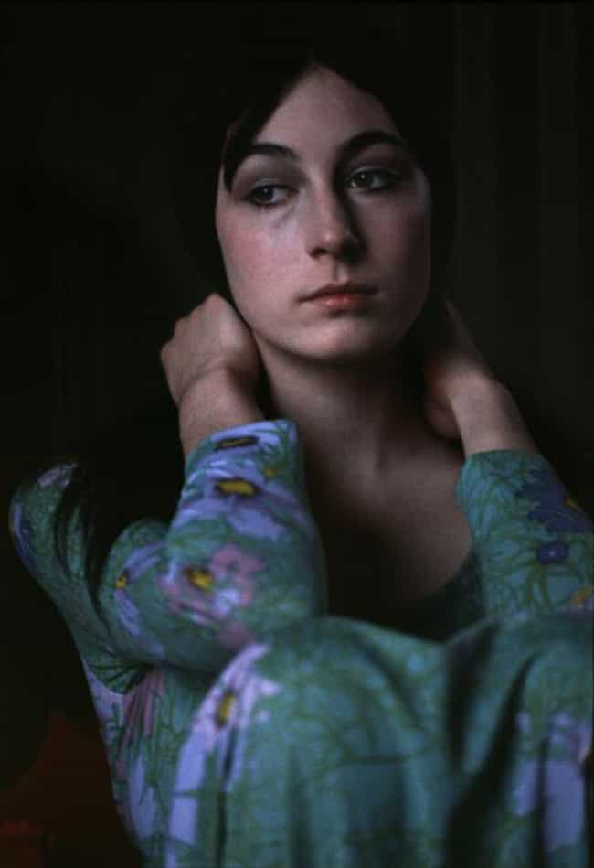 young-anjelica-huston-in-blue-and-green-