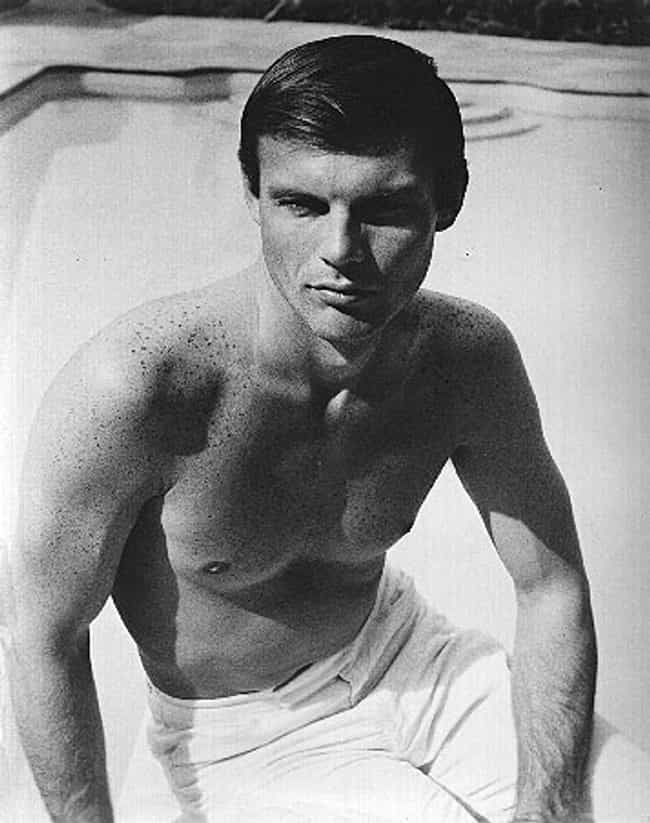 Young Burt Reynolds Shirtless is listed (or ranked) 2 on the list 20 Pictures of Young Burt Reynolds