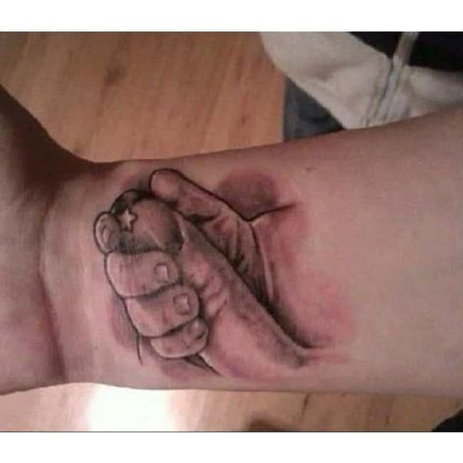 i mean c mon photo u1?w=650&q=60&fm=jpg - Les pires tatouages ratés sur Internet