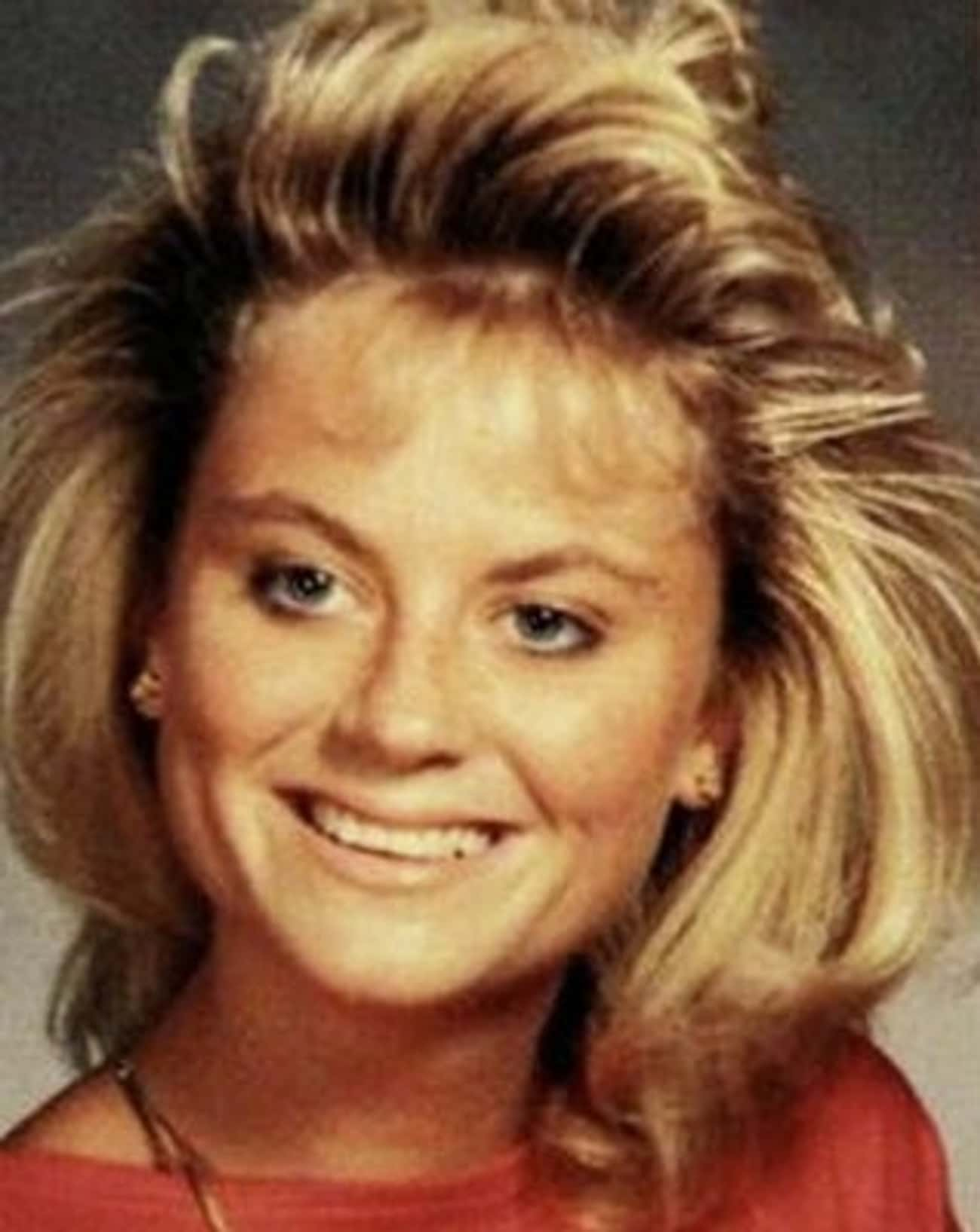 Young Amy Poehler in Orange Shirt