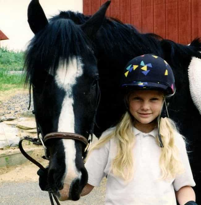 Young Taylor Swift with a Hors... is listed (or ranked) 2 on the list 20 Pictures of Young Taylor Swift Before She Was Famous