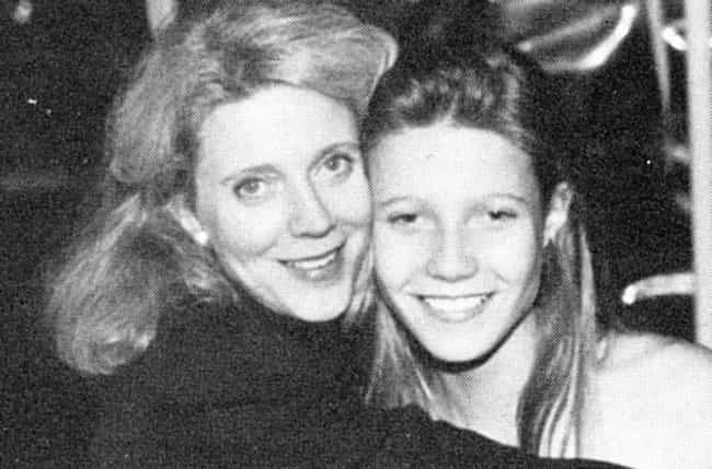 Young Gwyneth Paltrow Posing w... is listed (or ranked) 2 on the list 30 Pictures of Young Gwyneth Paltrow