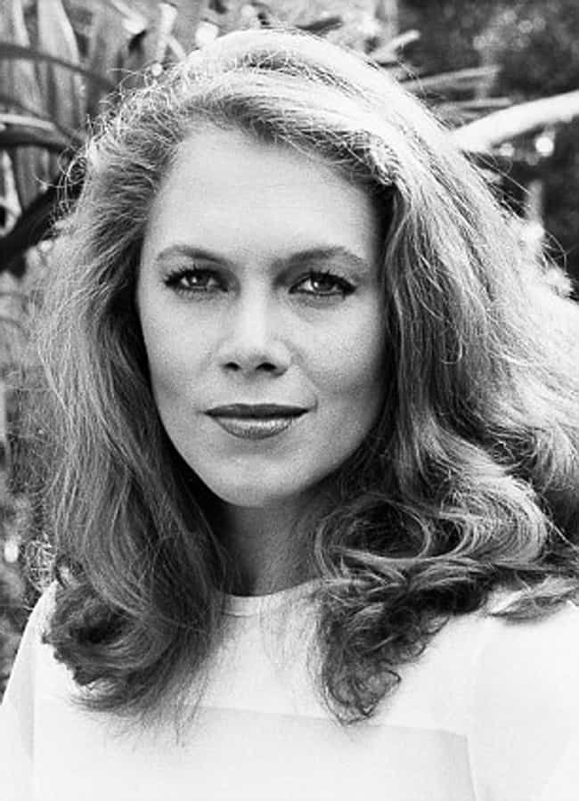 22 Pictures Of Young Kathleen Turner