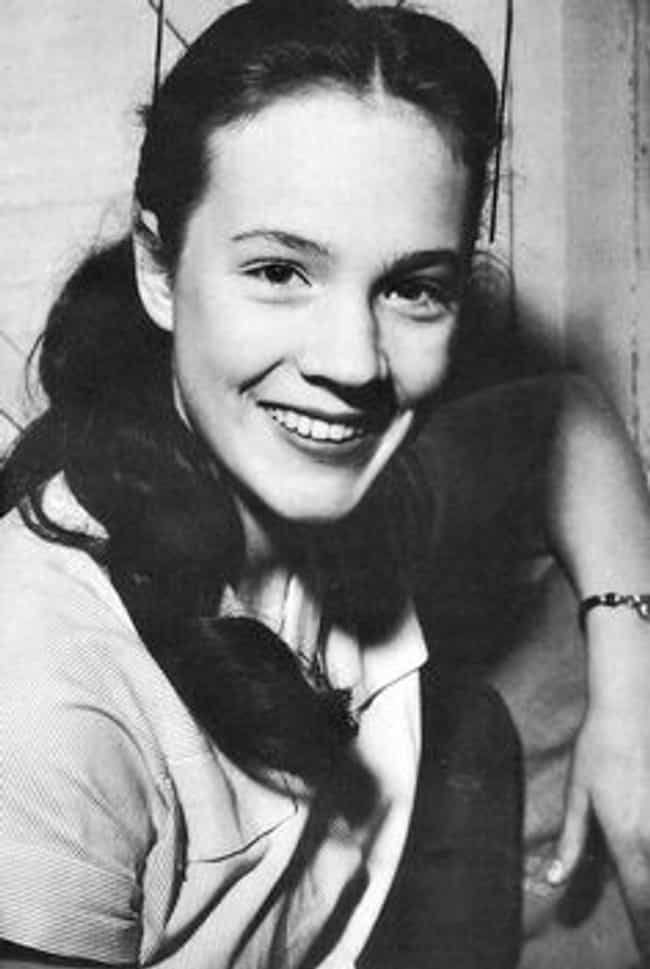 Young Julie Andrews in W... is listed (or ranked) 6 on the list 27 Pictures of Young Julie Andrews
