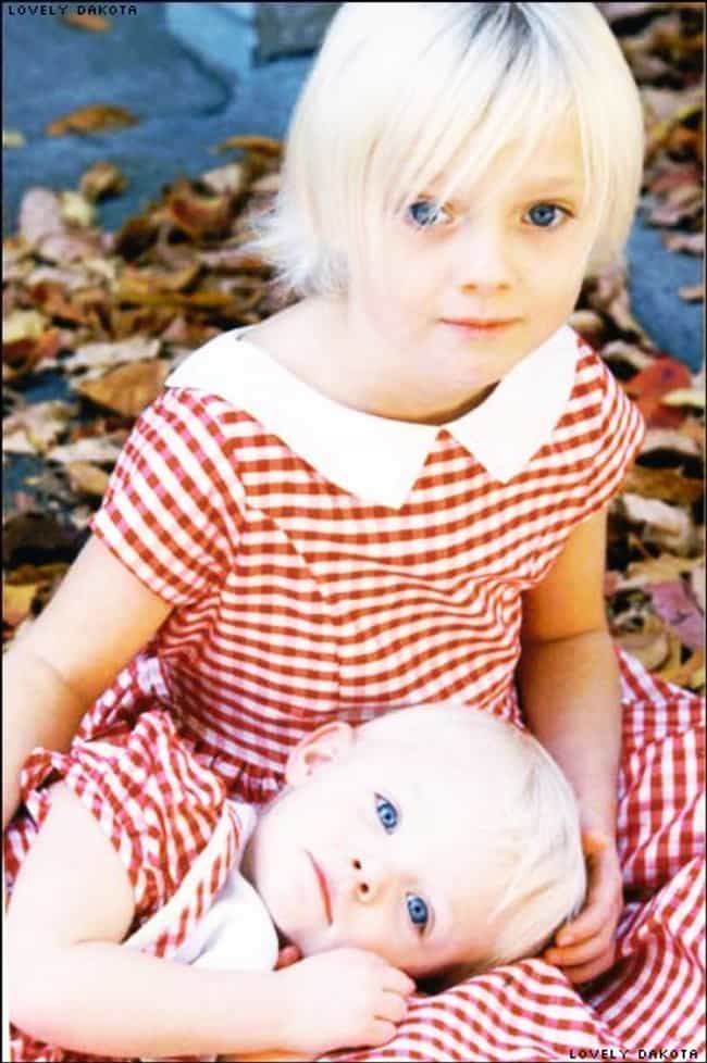 Young Dakota Fanning in Red an... is listed (or ranked) 1 on the list 30 Pictures of Young Dakota Fanning