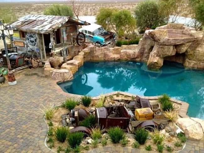 This Front Yard Junker C... is listed (or ranked) 1 on the list The Greatest Inventions In Hillbilly Luxury