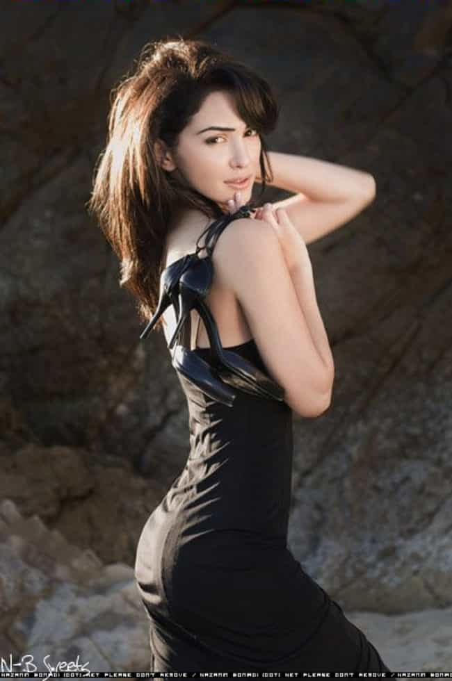 Nazanin Boniadi in Sexy Black ... is listed (or ranked) 1 on the list The Hottest Nazanin Boniadi Pics
