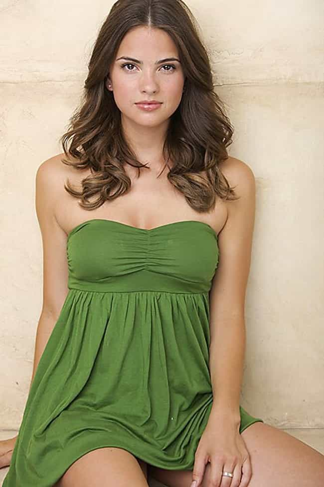 Shelley Hennig in Green Dress is listed (or ranked) 3 on the list The Hottest Shelley Hennig Photos
