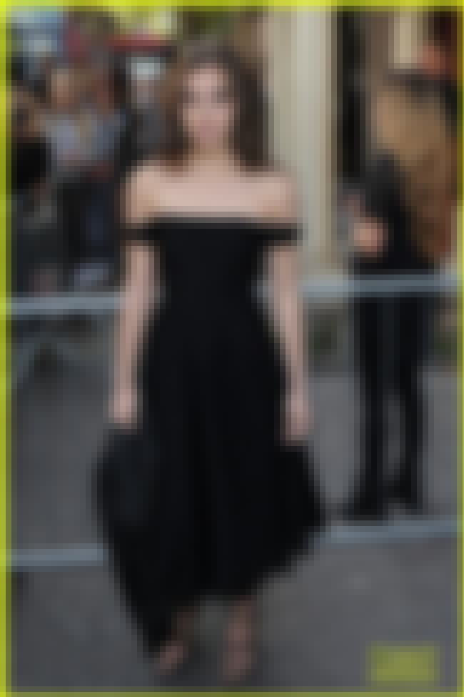 Hailee Steinfeld Black off the... is listed (or ranked) 4 on the list The Hottest Hailee Steinfeld Photos