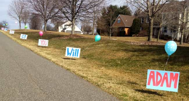 Place Signs on the Drive... is listed (or ranked) 1 on the list Cute Ways to Ask Someone to Prom