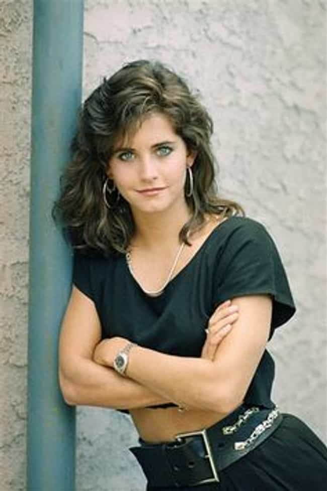 20 photos of courtney cox when she was young