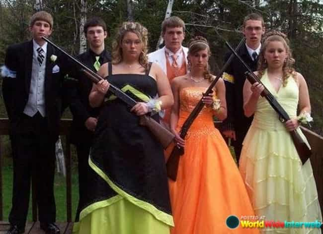 Awkward Prom Photos Funny Prom Pictures - 35 awkward engagement photos ever
