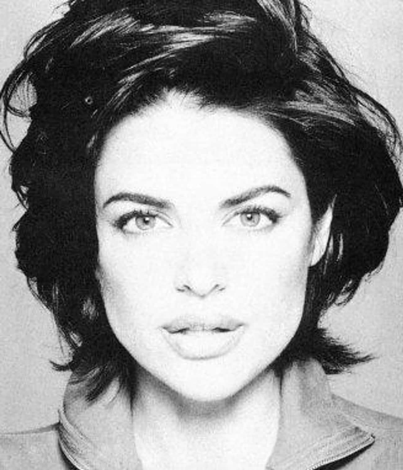 Young Lisa Rinna Black and Whi is listed (or ranked) 1 on the list 11 Pictures of Young Lisa Rinna