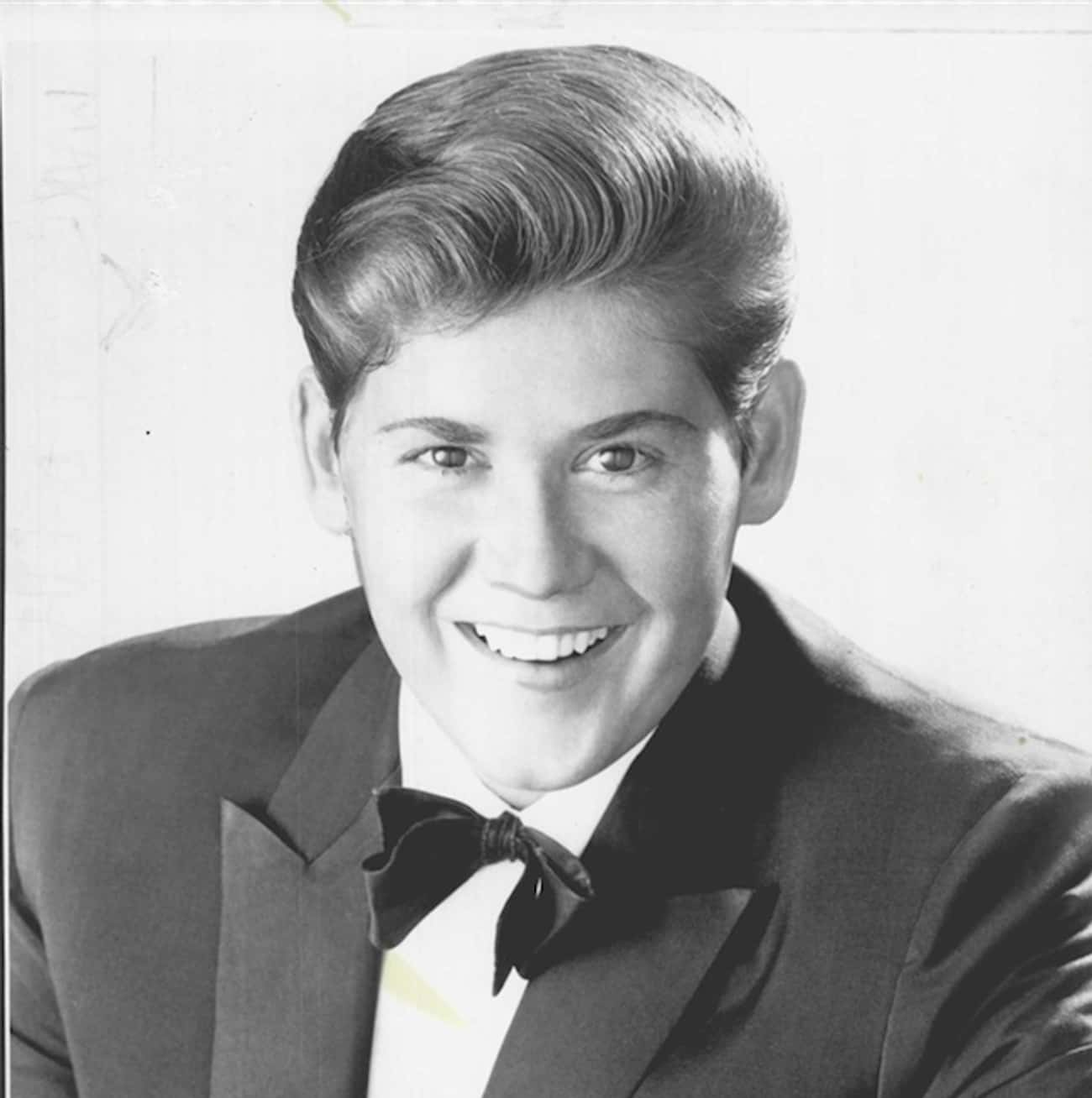 Young Wayne Newton in Black Tu is listed (or ranked) 4 on the list 10 Pictures of Young Wayne Newton