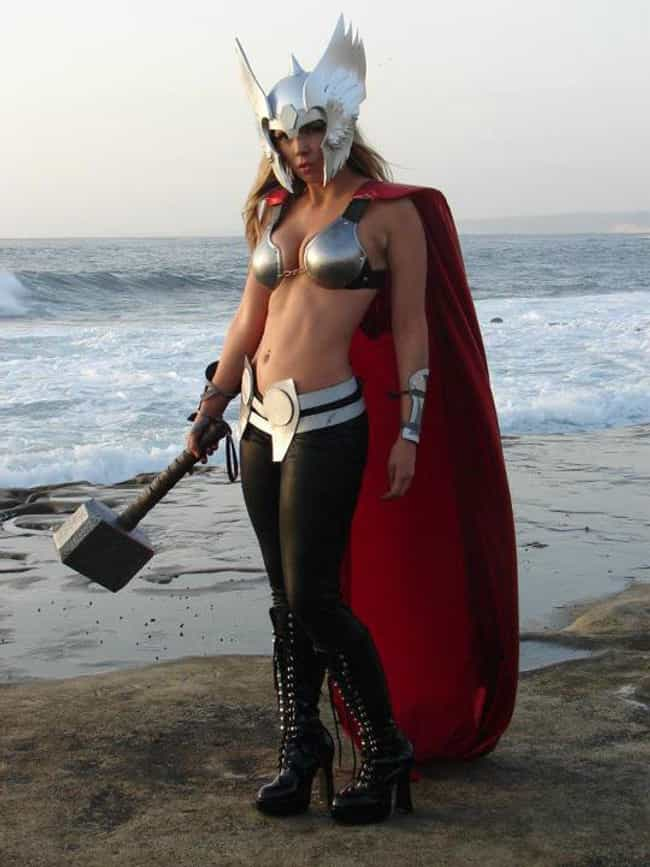 Thor Doesn't Need Armor is listed (or ranked) 3 on the list 20 Sexy Genderswap Cosplays