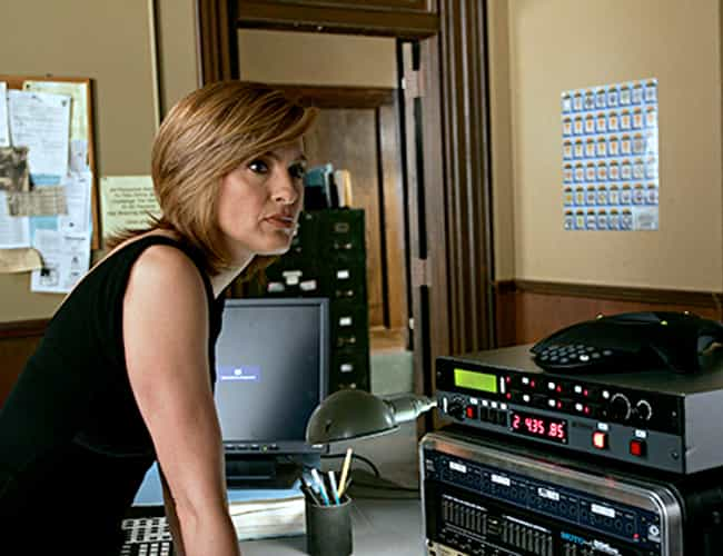 A Man Holds a Girl Hostage Bef... is listed (or ranked) 4 on the list The Most Horrific Law & Order: SVU Crimes