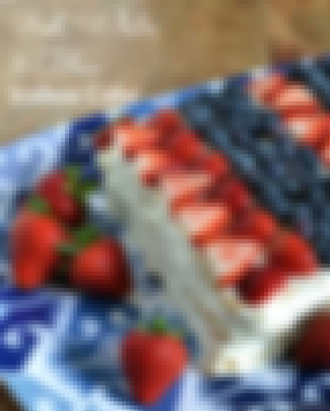 Easy Red, White, and Blue Iceb... is listed (or ranked) 4 on the list Patriotic Party Ideas for Your July 4th Bash