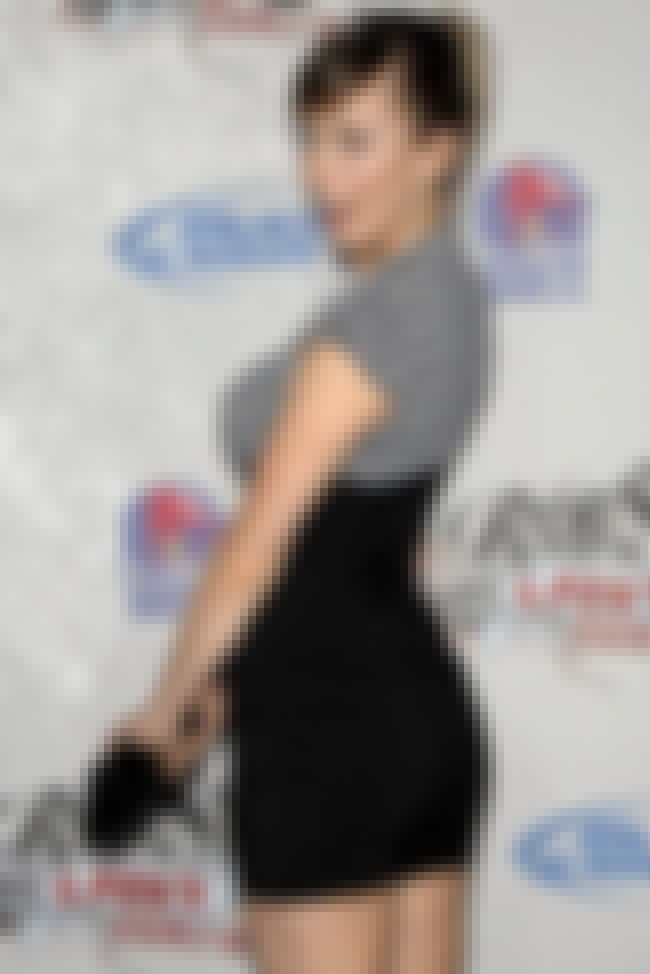 Iliza Shlesinger in her Black ... is listed (or ranked) 3 on the list The Hottest Iliza Shlesinger Photos