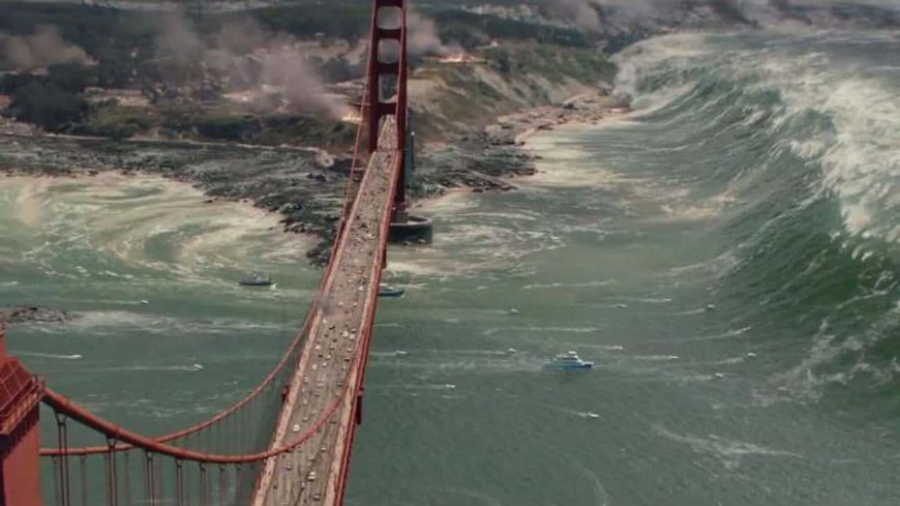 A Tsunami Can Come Towards a Disrupting Fault