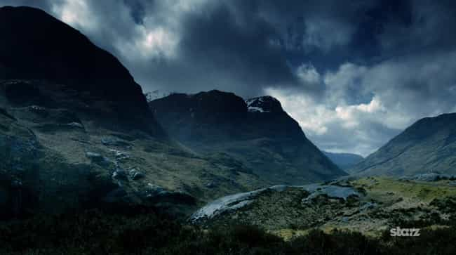 Newcomers to Outlander W... is listed (or ranked) 2 on the list 20 Fascinating Facts from Behind the Scenes of Outlander
