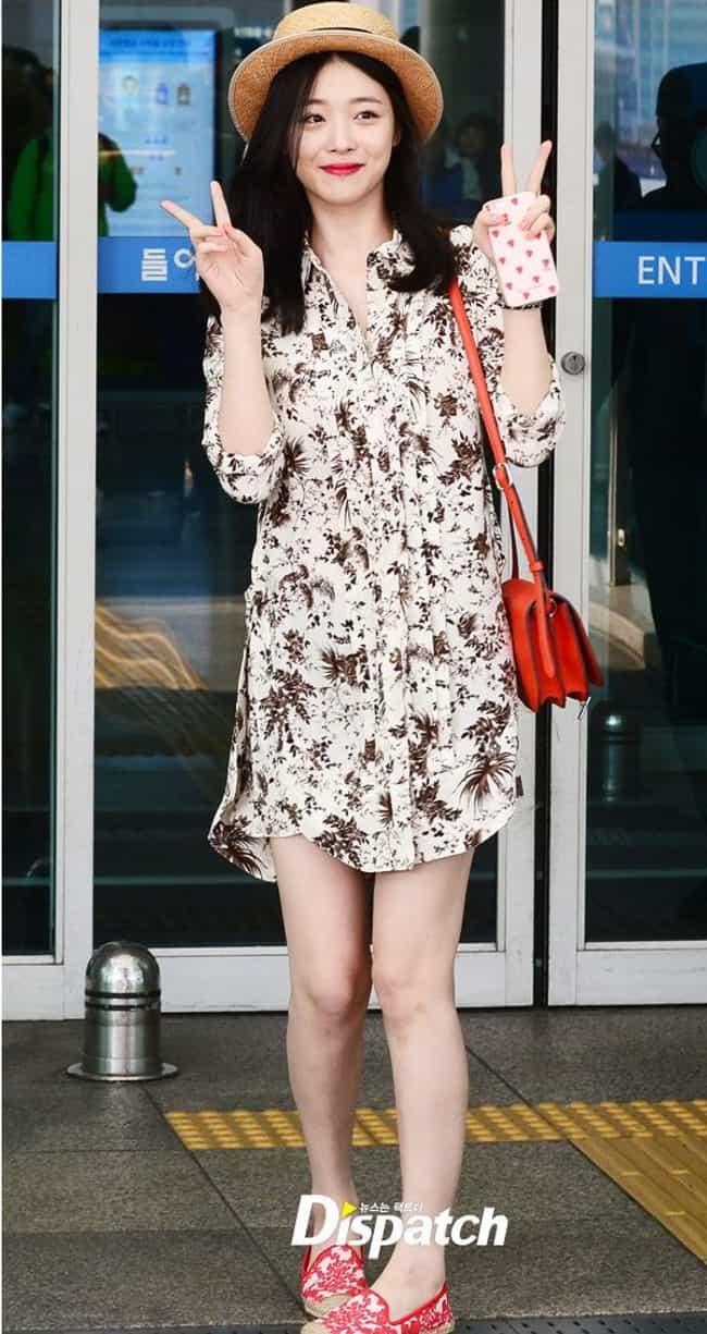 Sulli's Dress is listed (or ranked) 1 on the list KPop Stars Wearing the Same Clothes